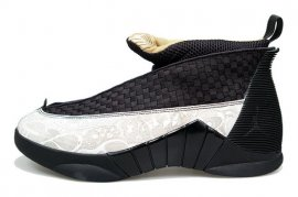 Jordan 15 (XV) Retro LS-Laser (Black / Metallic Gold-White) 317274-071